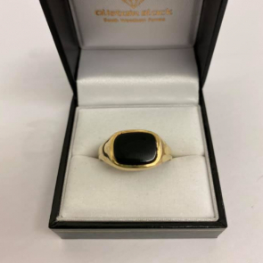 Secondhand 9ct Gold Black Onyx Signet Ring