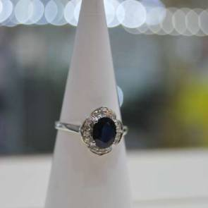9ct White Gold Diamond & Sapphire Cluster Ring