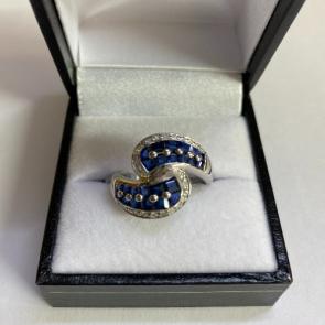 Secondhand 18ct White Gold Sapphire & Diamond Twist Ring