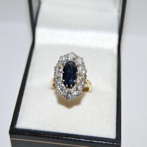 Secondhand Vintage Diamond & Sapphire Ring