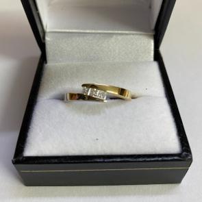 Secondhand 18ct Gold Bi-colour Diamond ring